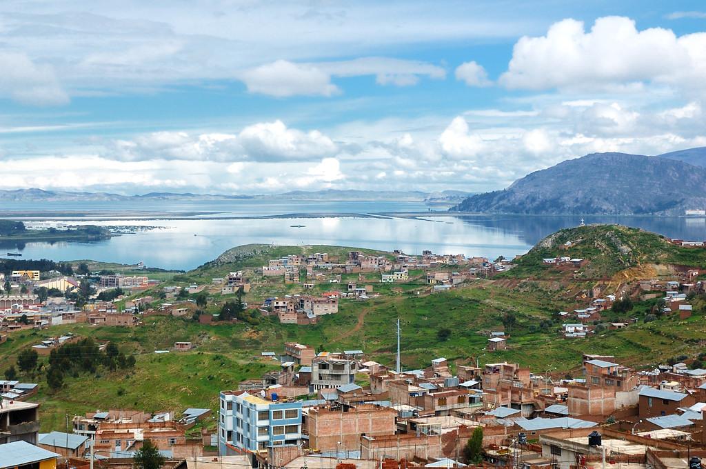 Пуно и Титикака, вид сверху