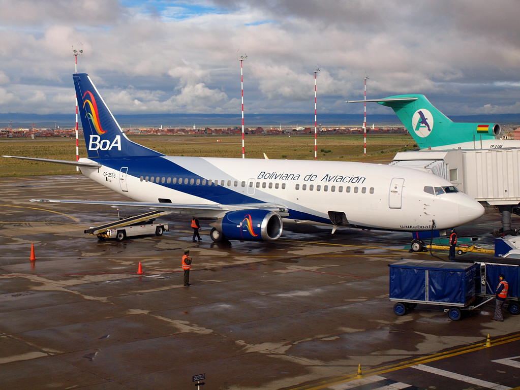 Boeing 737 а/к Boliviana de Aviacion в аэропорту Эль-Альто