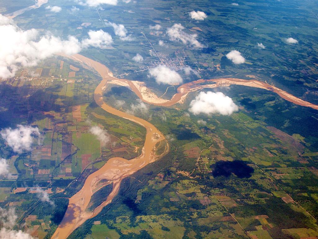 Боливийские равнины между Ла-Пасом и Санта-Крузом