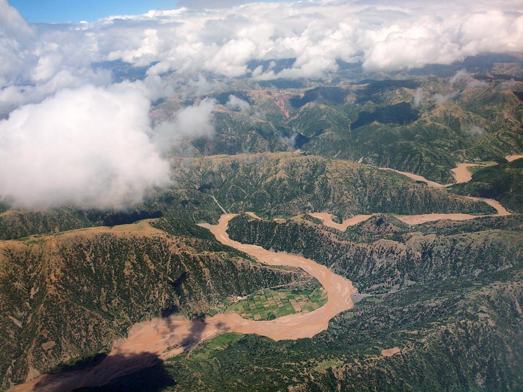 Местность по дороге из Ла-Паса в Сукре