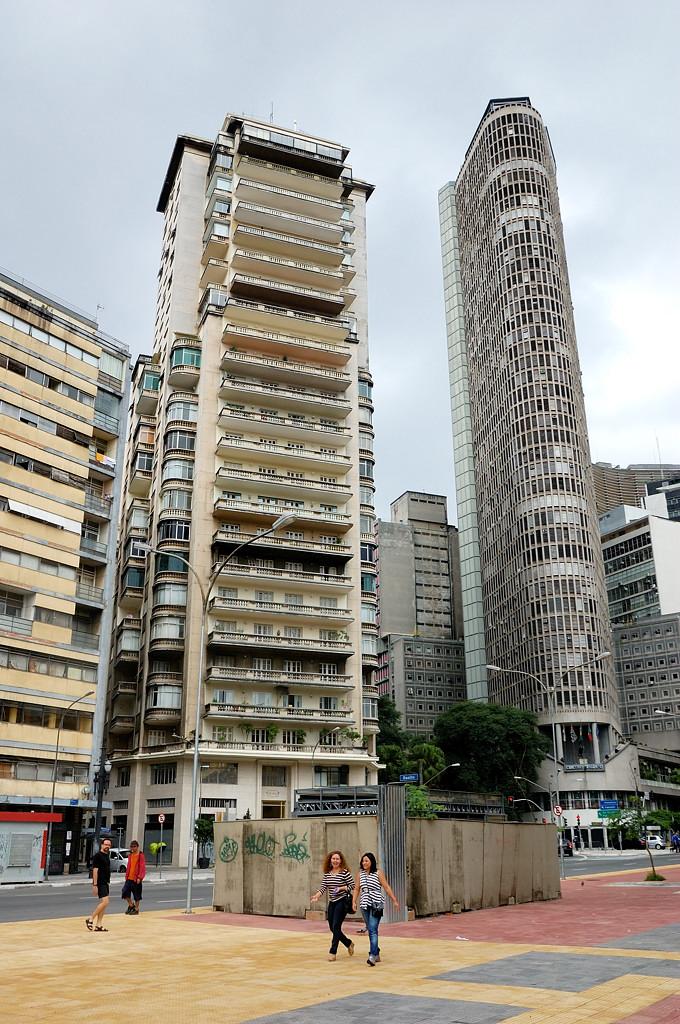 Высотных зданий в Сан-Паулу сотни, и это еще не самые высокие