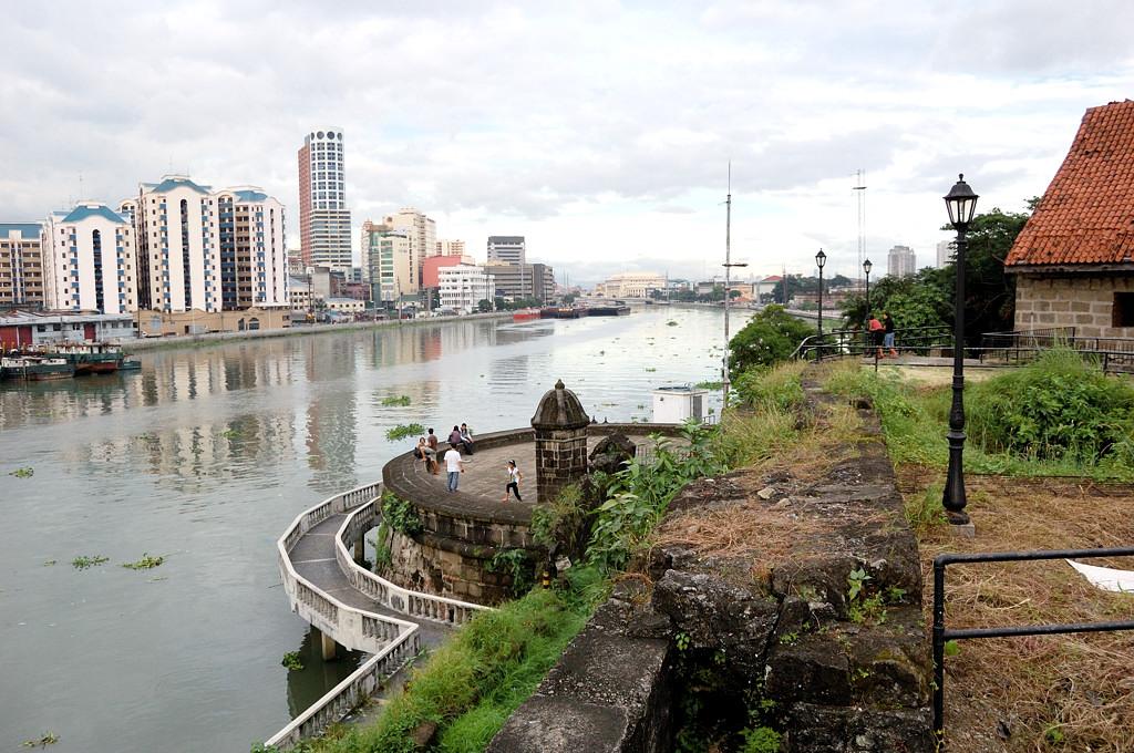 Вид с форта на речку