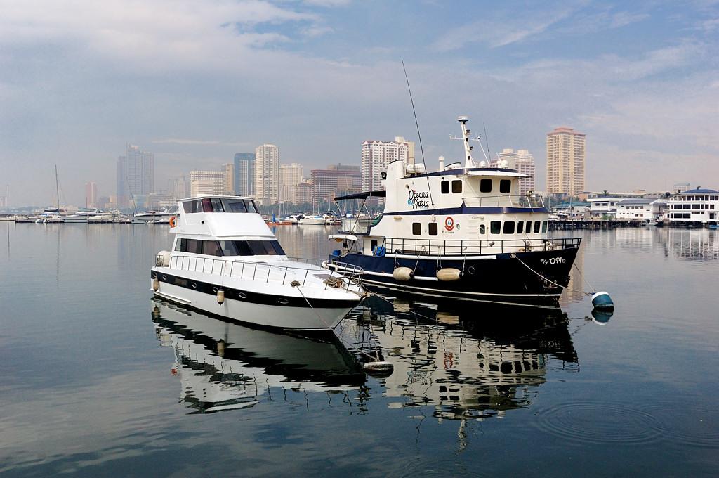 Кораблики в порту