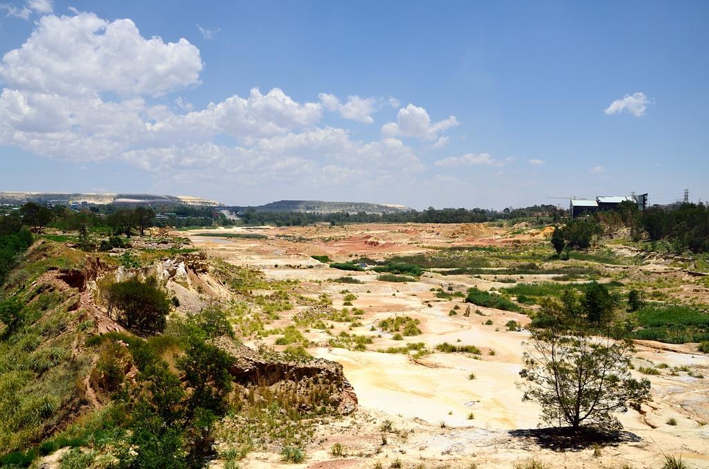Все окрестности Йоханнесбурга перерыты в поисках золота