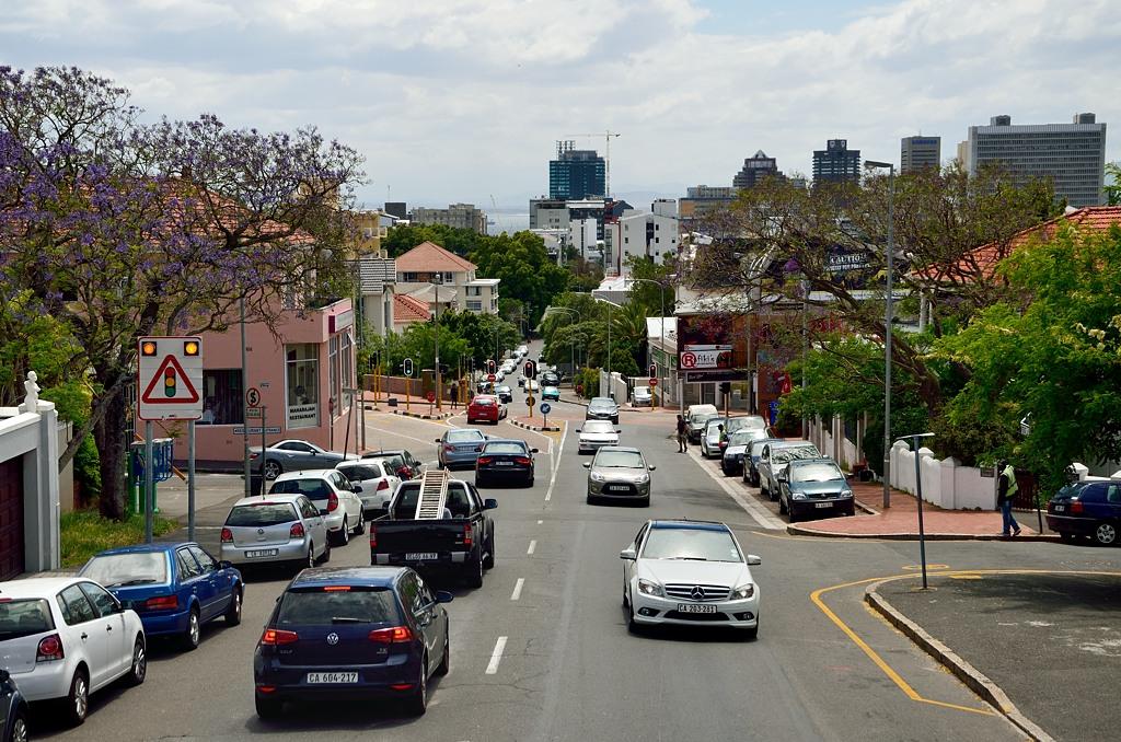 Поднимаемся в гору, Кейптаун остается внизу