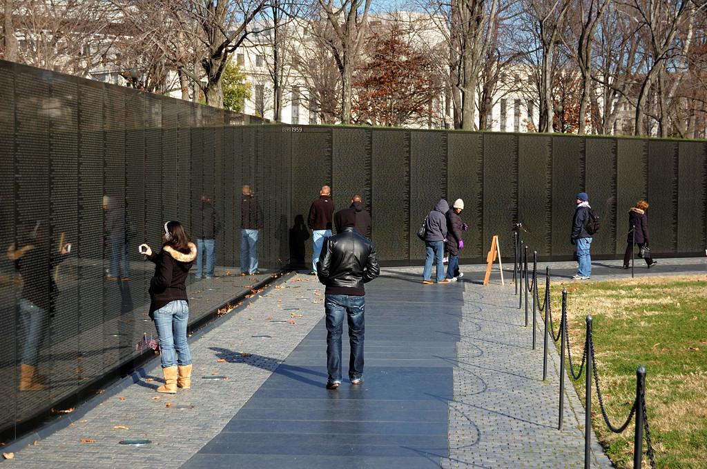 Мемориал войны во Вьетнаме. 58 тысяч имен