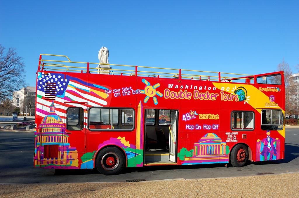 Экскурсионный автобус Double-Decker