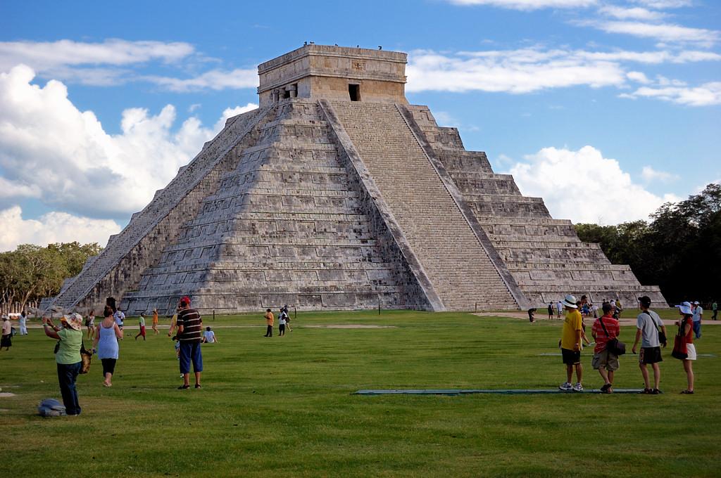 Чичен-Ица. Пирамида El Castillo