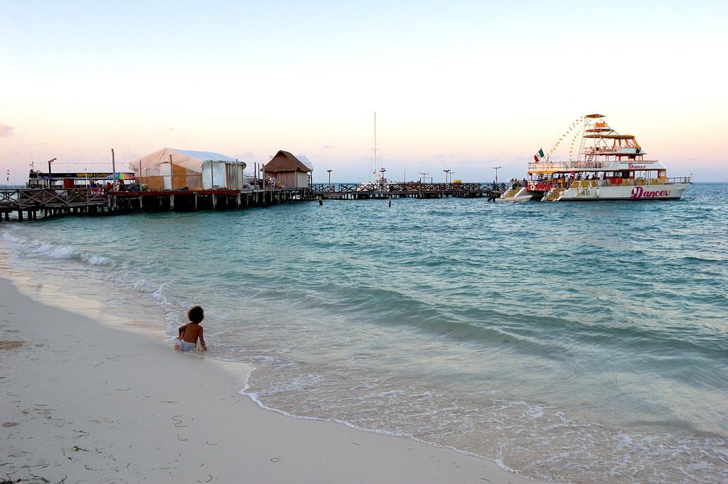 Канкун. Причал у отеля Dos Playos