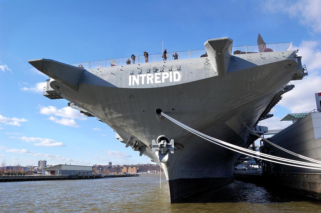 Авианосец Intrepid - музей под открытым небом