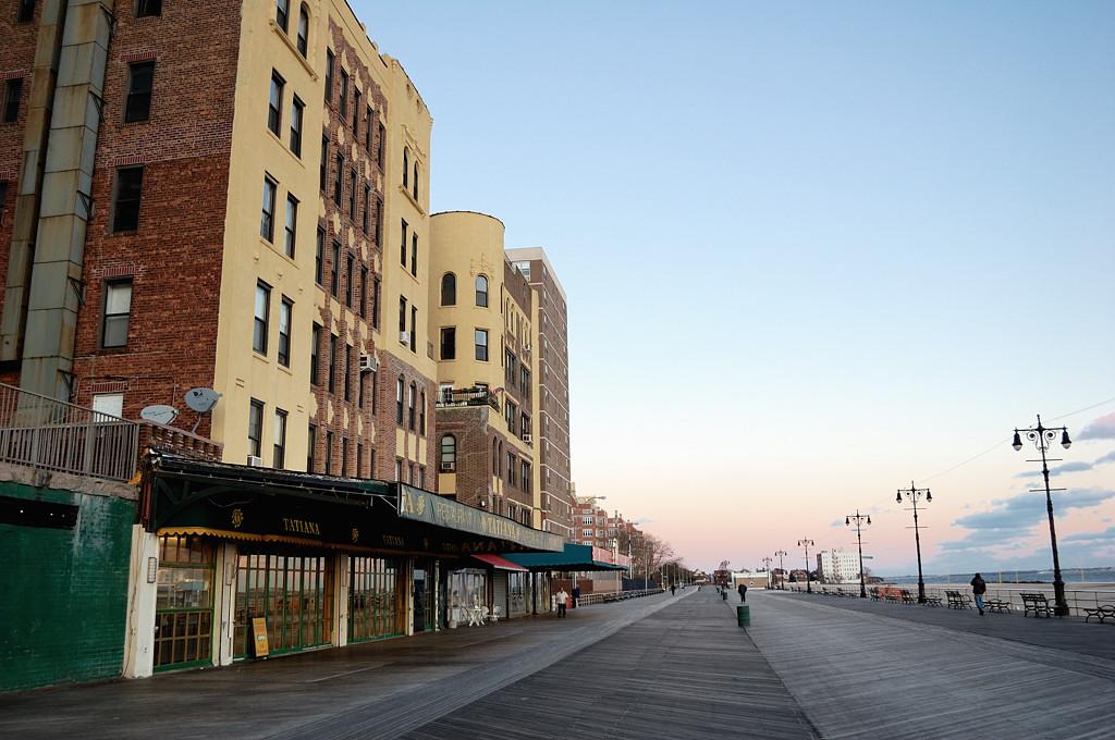 Брайтон-бич. Знаменитая деревянная набережная (Boardwalk)