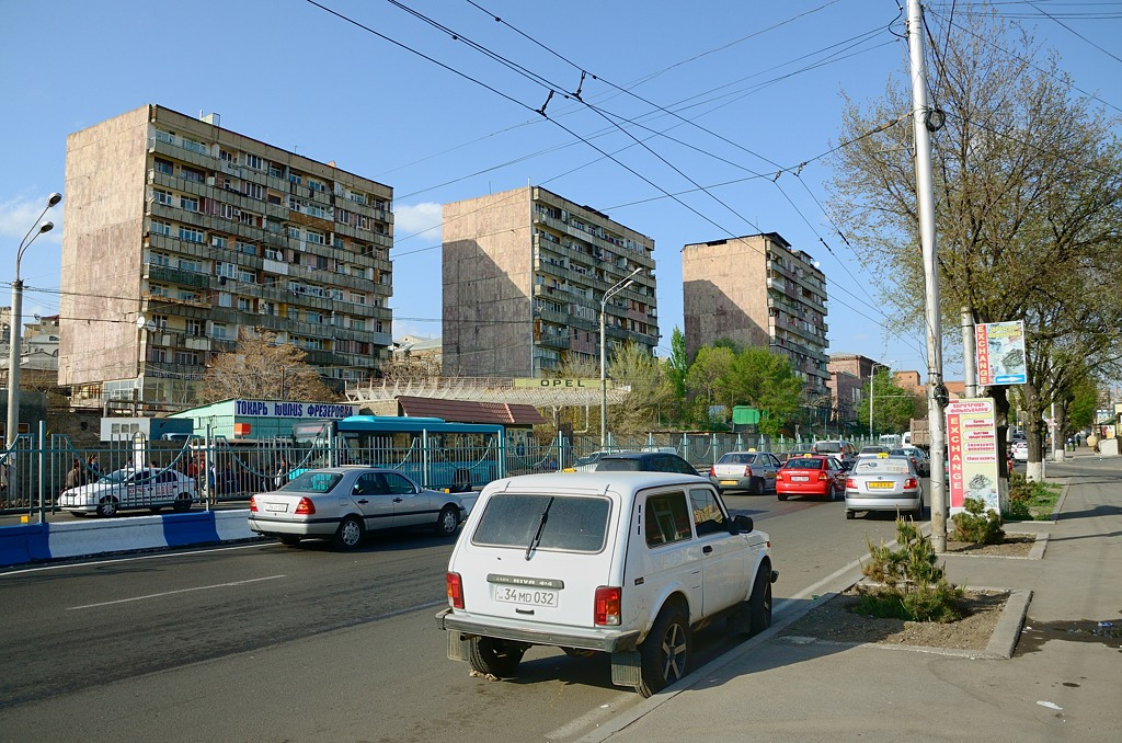 Осмотр Армении методом автобусных туров