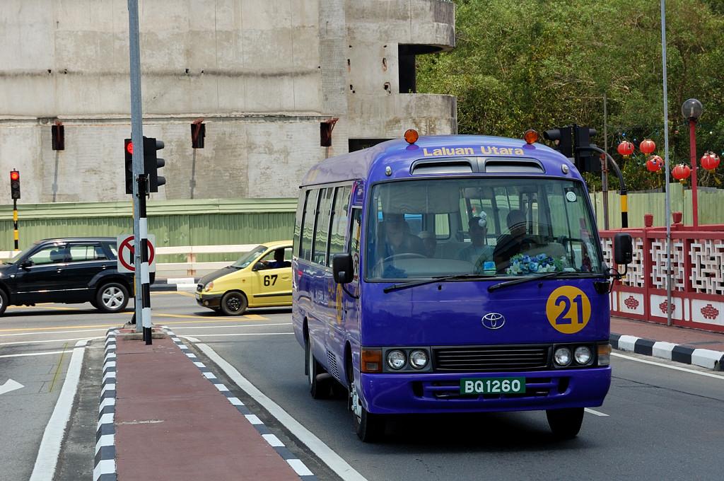 Брунейский автобус
