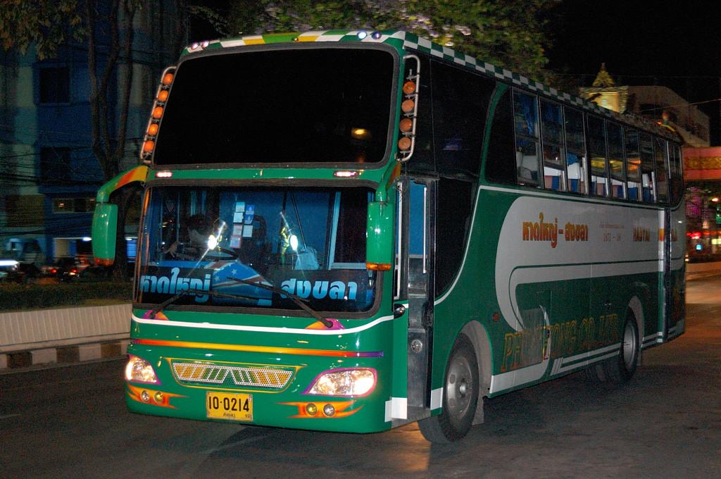 Тайский автобус из Сонгхла в Хатьяй