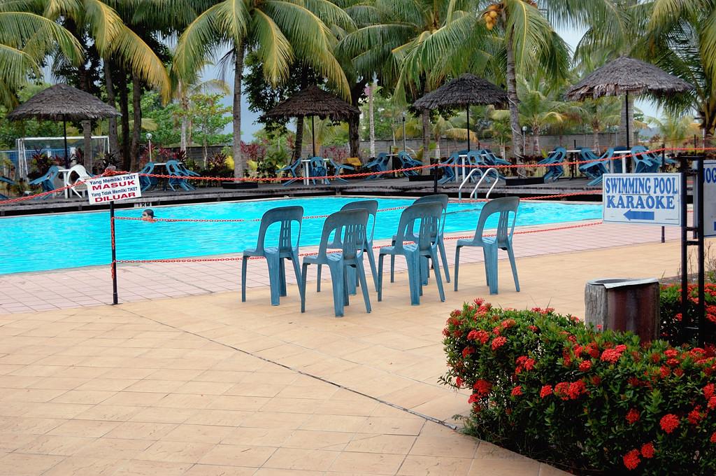 Pool Resort было бы сказать правильнее :)