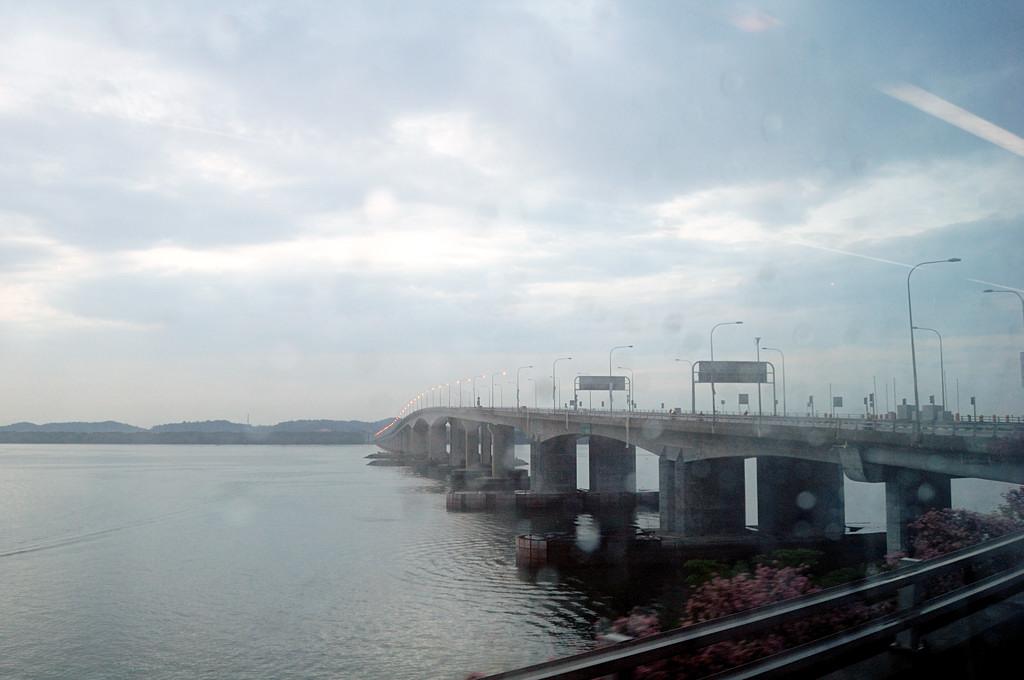 Мост Дружбы между Сингапуром и Малайзией
