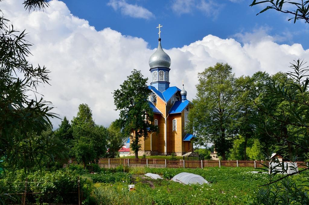 """Церковь неподалеку от входа в нашу """"Гостиницу №2"""""""