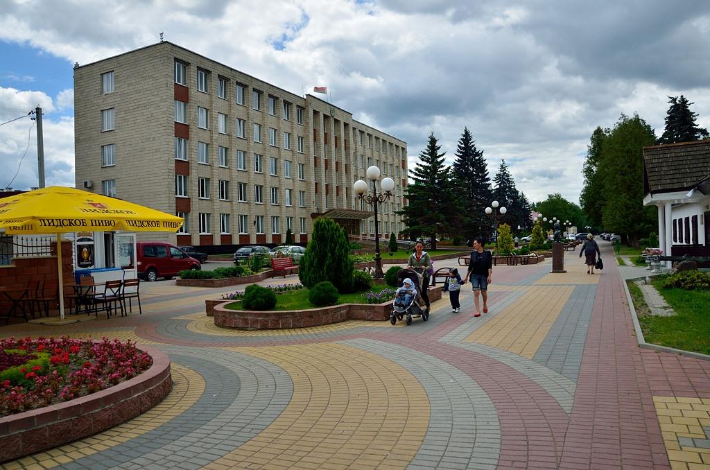 Здесь, у дома-музея Суворова, проходит обязательная пешеходная улица