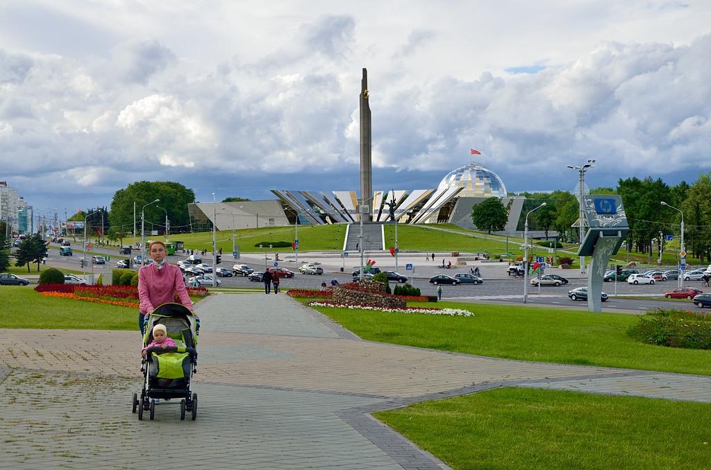 А это - новый музей Великой Отечественной Войны. 3 июля его как раз должны были открыть Лукашенко и Путин