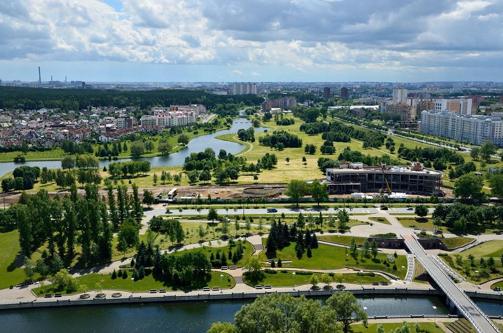 Вид на Минск с крыши библиотеки