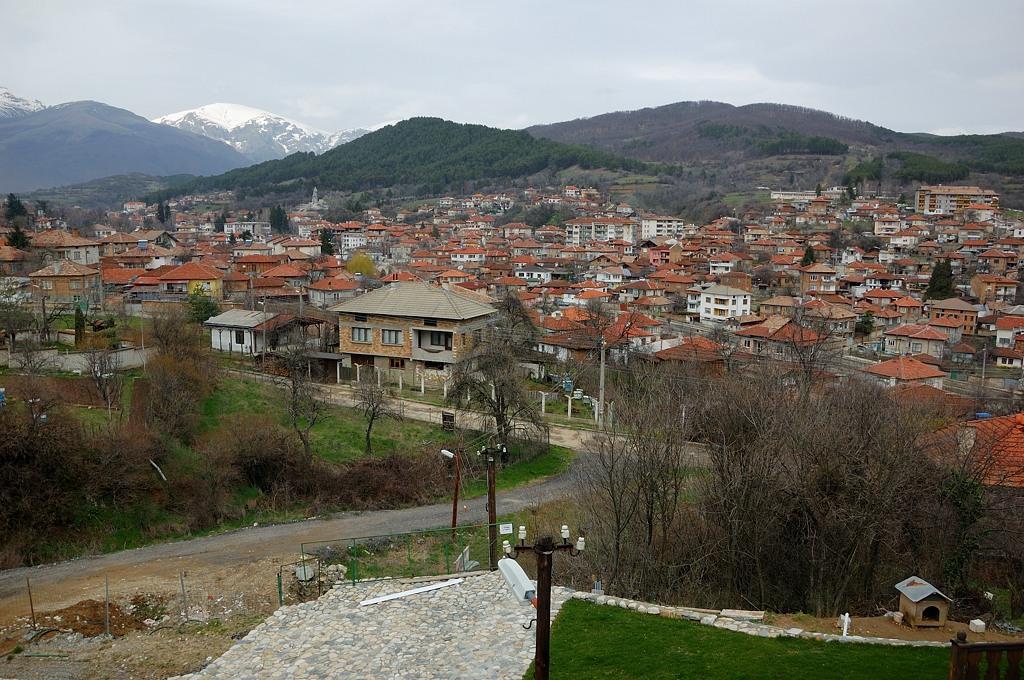 Городок по дороге на Шипку