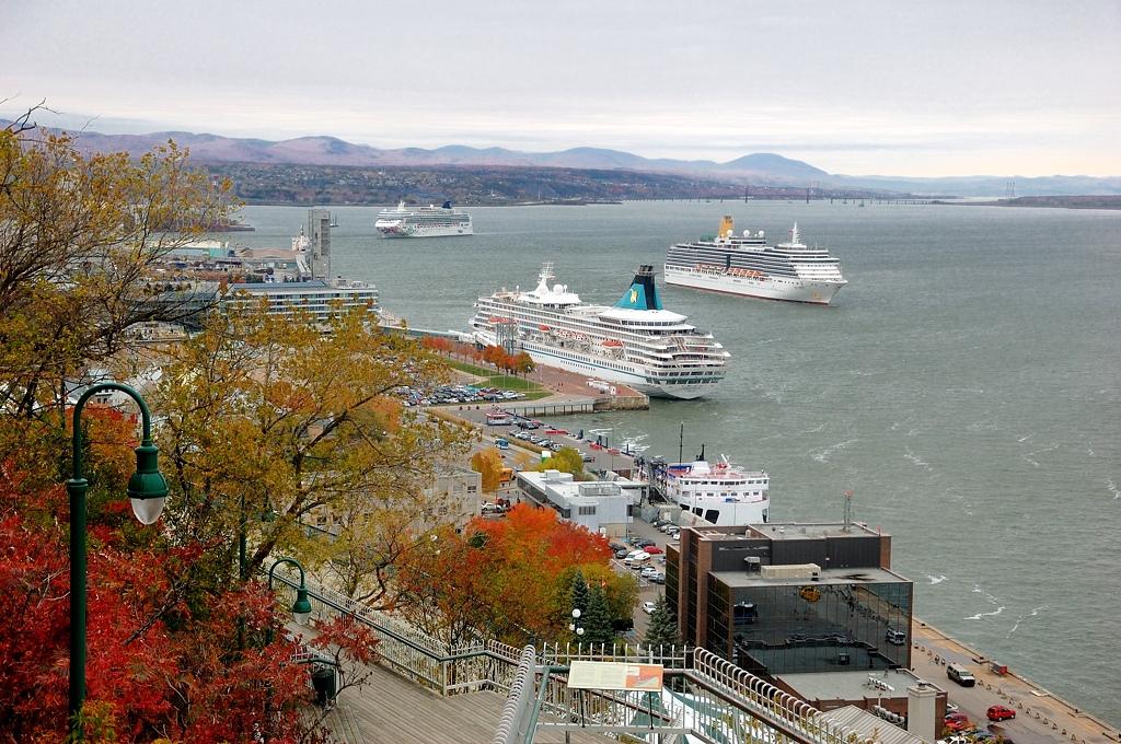 Вид на Квебек и на реку Св.Лаврентия