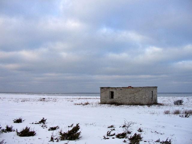 Сааремаа. Остатки советских пограничных укреплений в Undva