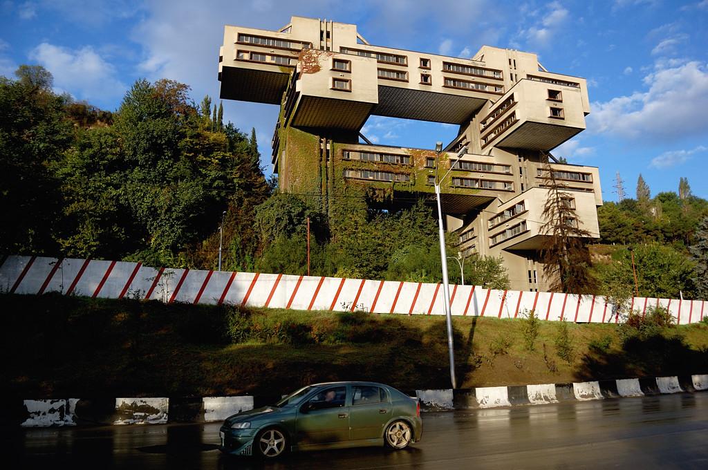 Тбилиси. Советское здание министерства транспорта
