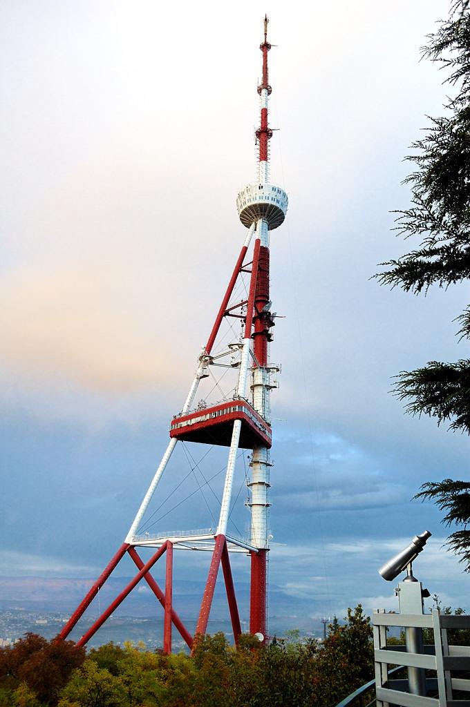 Тбилиси. Телебашня на горе Мтацминда