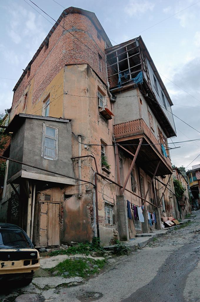 На улицах старого города