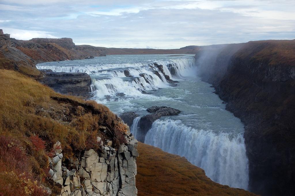 Водопад во всей красе