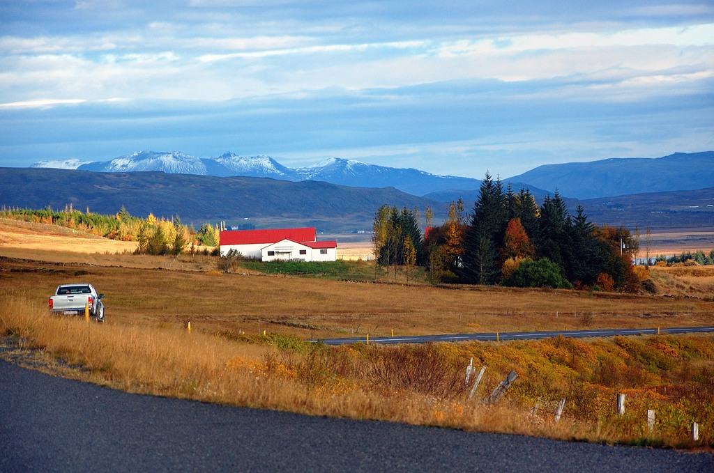 Исландский сельский пейзаж
