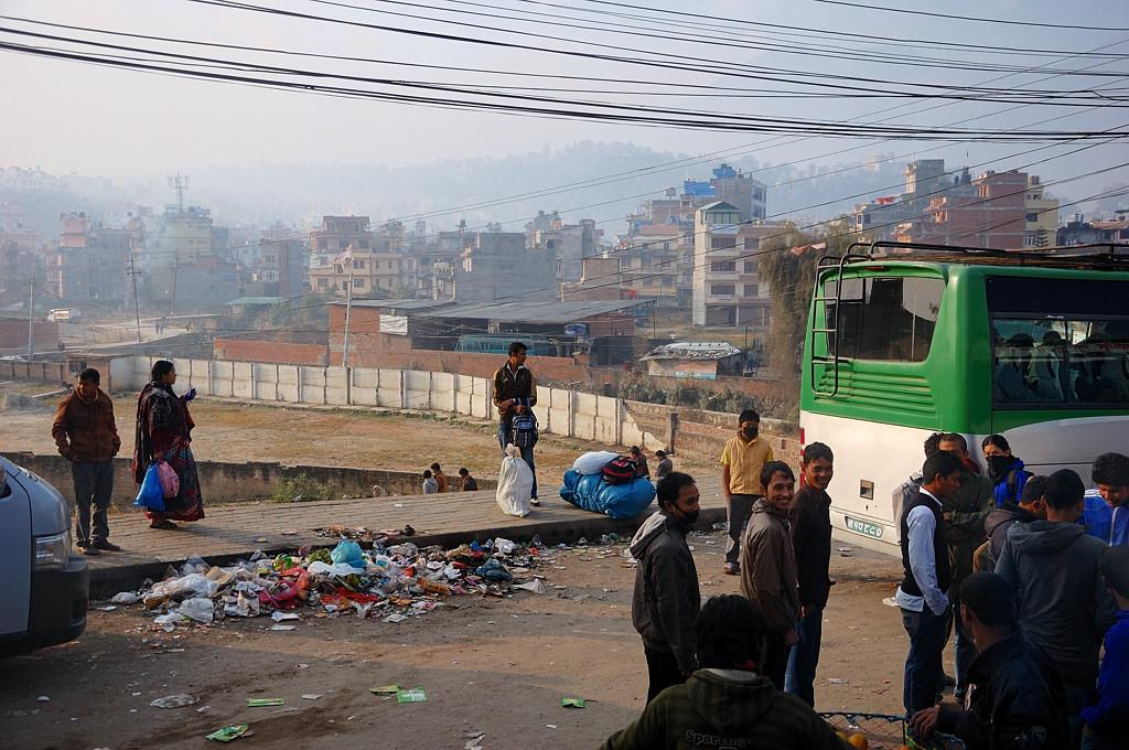 Вообще в Катманду грязновато