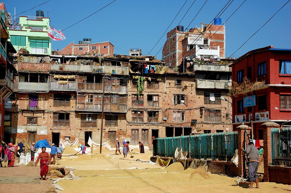 Непальская жилая архитектура. И опять зерно.