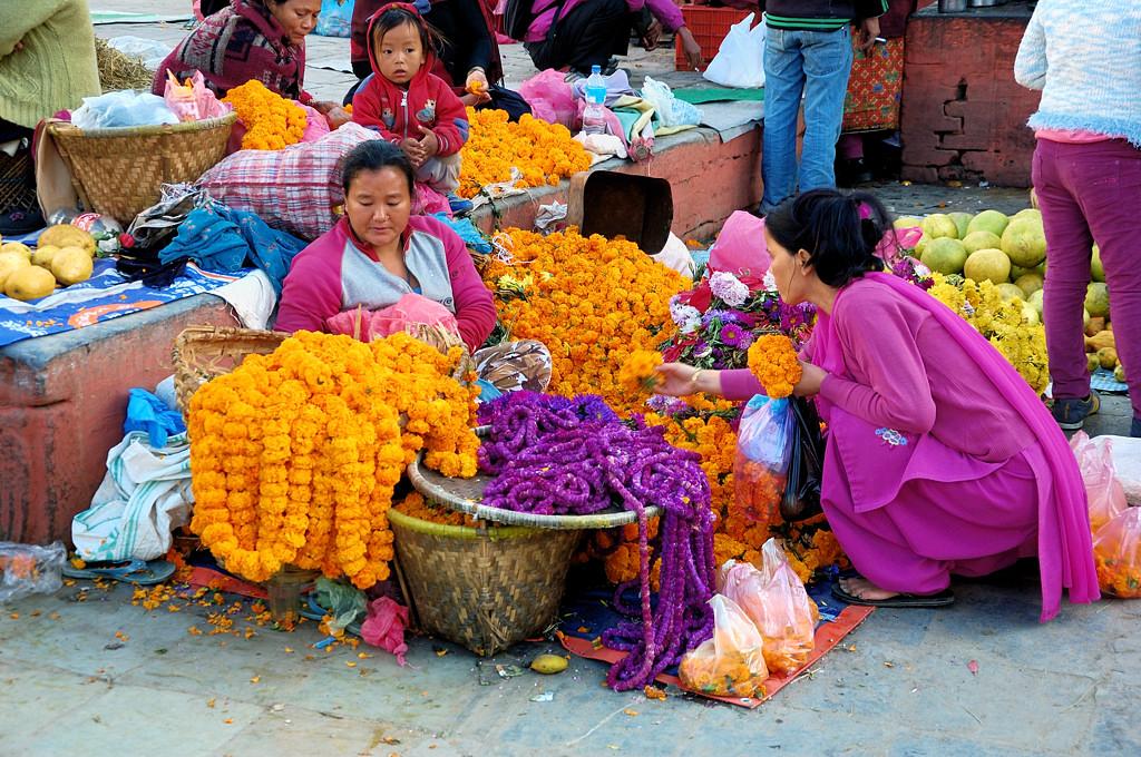 Торговки на площади Дурбар
