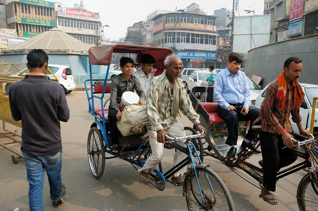 Велорикши в старом городе