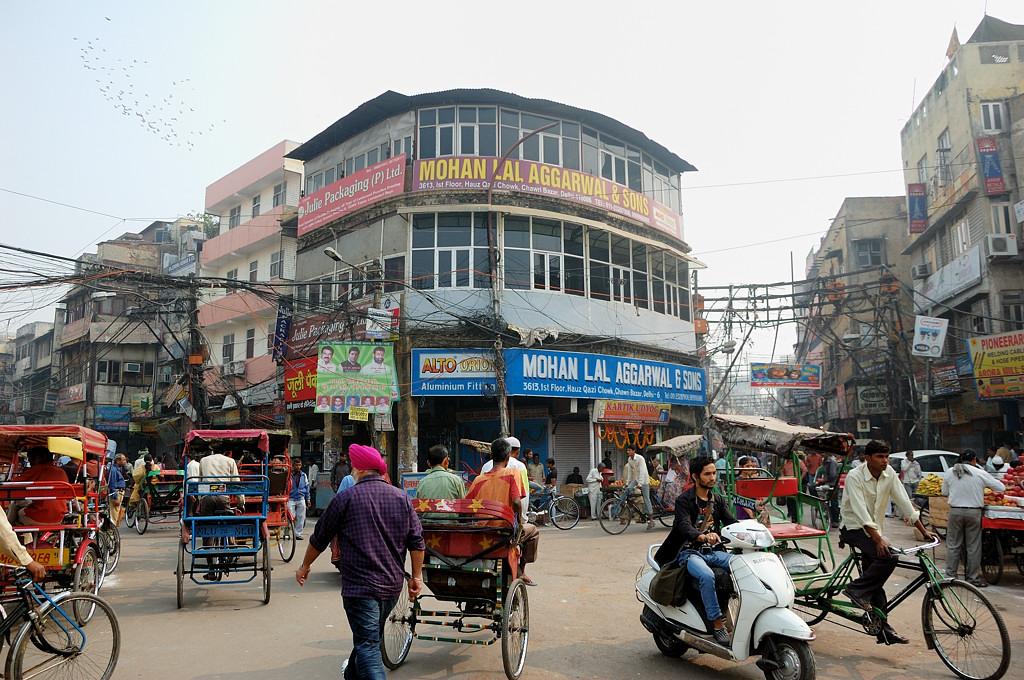 В старом городе творится такой же трэш, как и в Дакке
