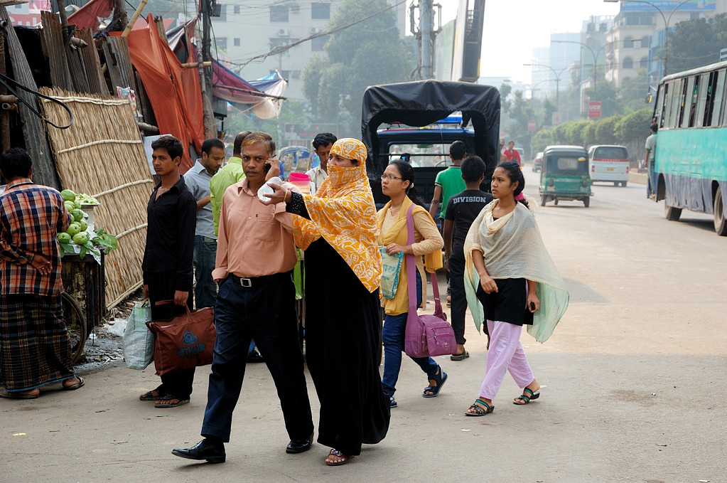 На улицах Дакки