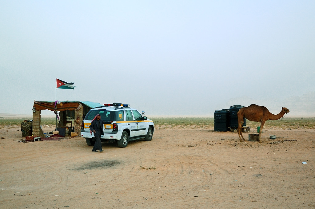 Иорданские бедуины по дороге в Петру
