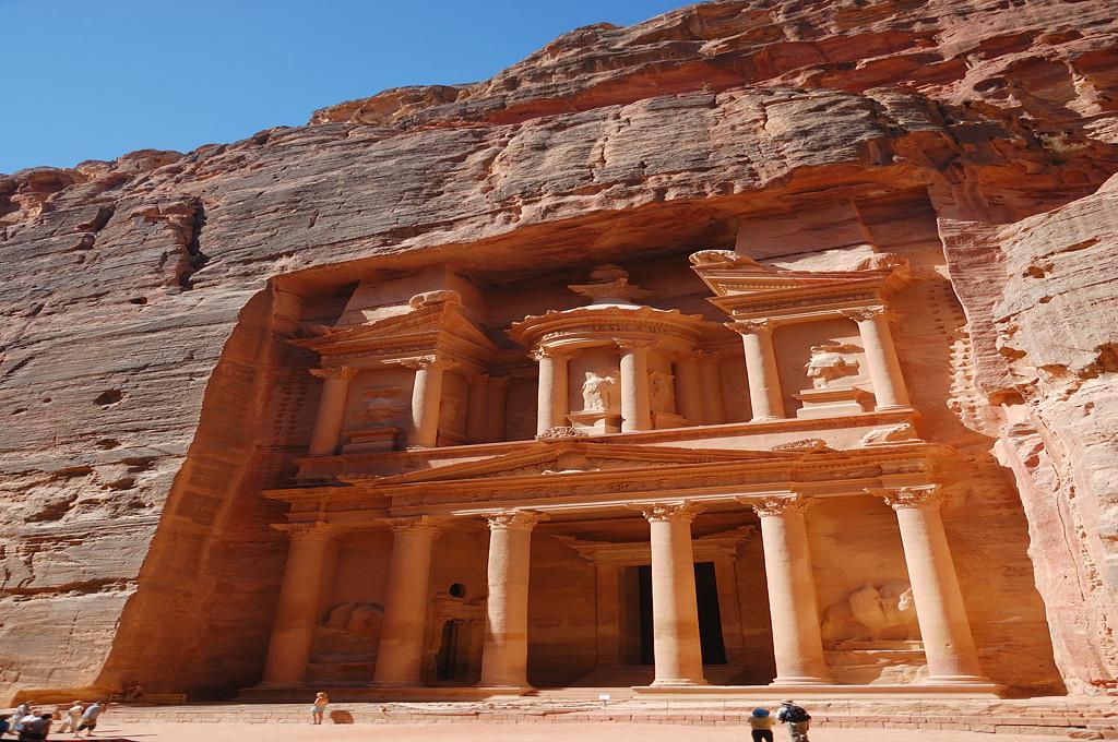 Казна - самая знаменитая постройка Петры