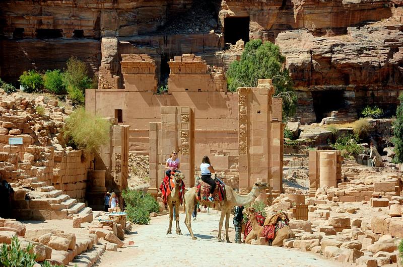 Аль-Таура Аль-Арабия Аль-Кобра, или из Акабы в Петру и обратно