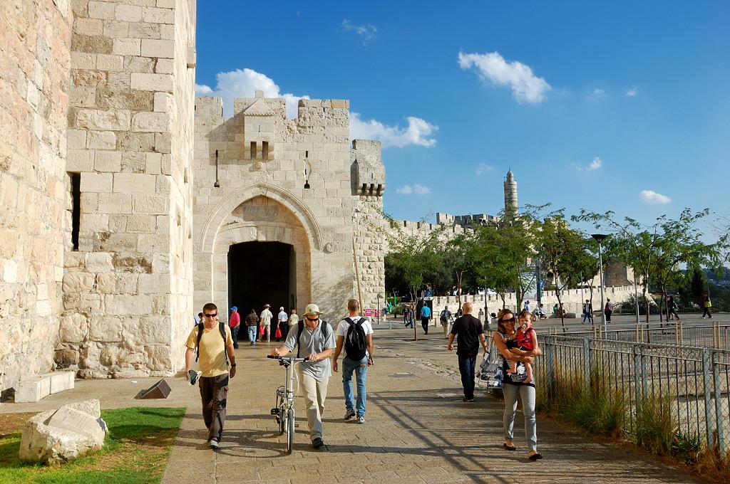 У Дамаскских ворот