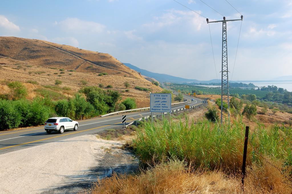 Дорога вдоль Голанских высот