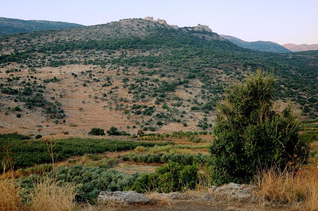 Замок Нимруд на горе