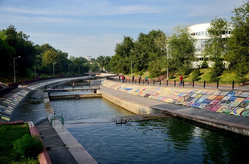 Каналы построены по такому же принципу - ступеньками