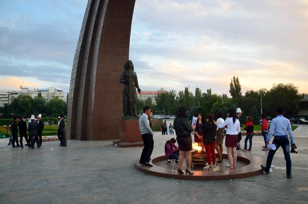 Если человек хочет подчеркнуть свою киргизскость, он носит национальную войлочную шляпу