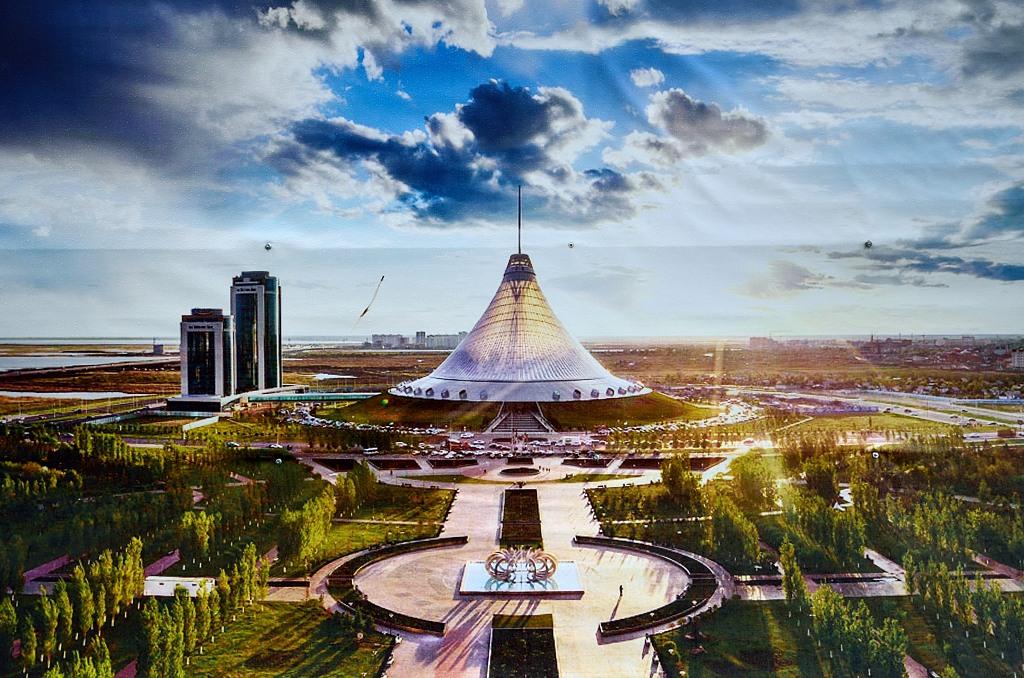 Через 4 года здесь будет город-сад :)