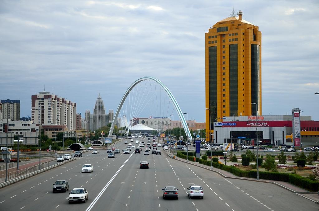 Проспект Кабанбай-батыра