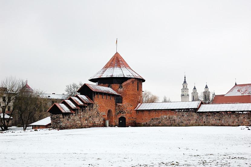 Руины Каунасского замка