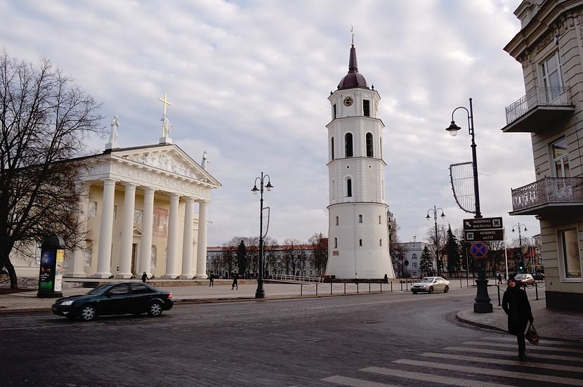 Колокольня и главный кафедральный собор Вильнюса